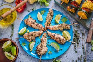 Grill-Rezept: Hähnchenbrustfilet am Spieß