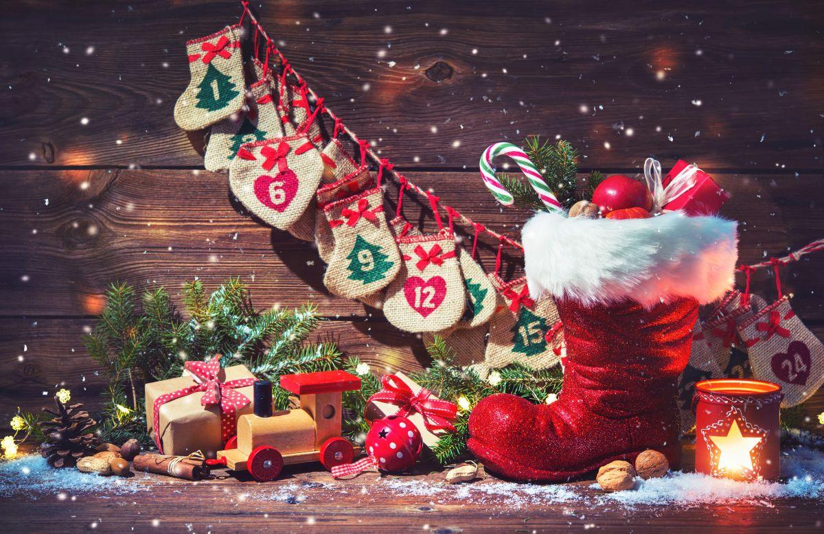 Der prall gefüllte Nikolaus-Stiefel am 6. Dezember erfreut Groß und Klein.